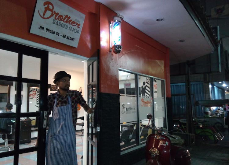 Barbershop-Jalan-Dhoho-4